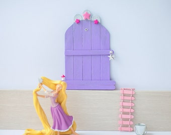 Door lilac with stars and small mushroom