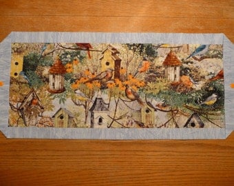 Birds and Birdhouses Table Runner