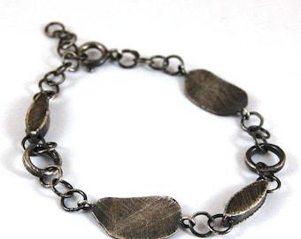 SALE 15% off !! - use the coupon code: SALE15 silver bracelet, oxidized silver bracelet, metalsmith chain bracelet