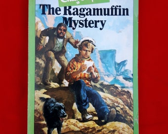 Vintage Enid Blyton Paperback ~The Ragamuffin Mystery~ 1979