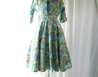 1950s dress/50s floral print cotton day dress & Bolero xs small waist 26""