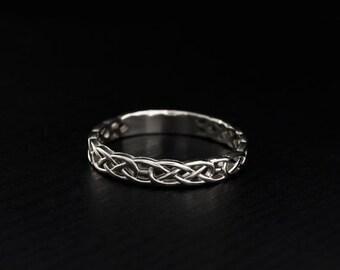 Celtic pattern wedding ring, Celtic silver engagement ring, Women celtic ring, Men celtic ring, Unique wedding band, Keltic wedding band