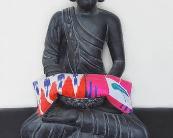 Silk Eye Pillow, Therapeutic Lavender Eye Pillow, Yoga Accessory,  Meditation Face Cushion, Aromatherapy Spa, Ikat Fabric, Savasana Pillow