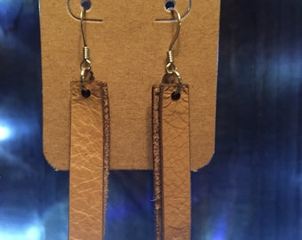 Leather earrings with swarovski crystals