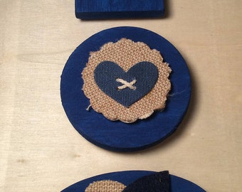 Set of 3 Wooden Blue and Burlap Magnets  (8)