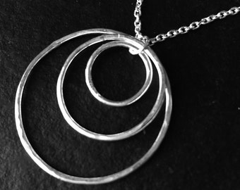 Hammered sterling silver 3 nesting circles pendant, light weight