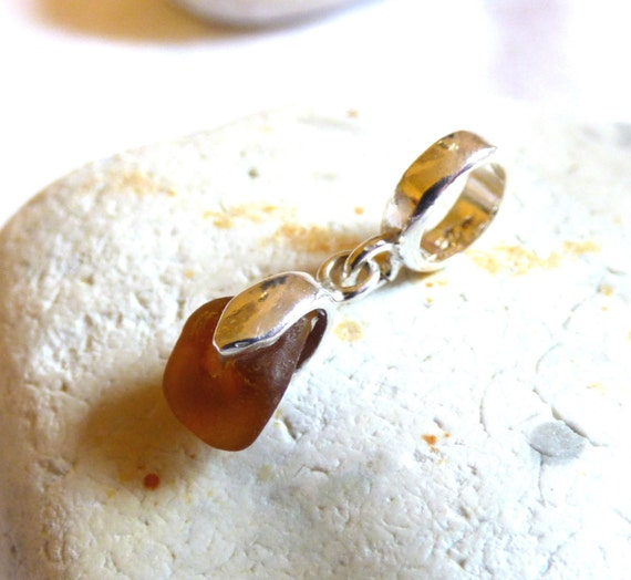 Seaglass Charm, Glass Bead, Sea Glass Bead, Sea glass Charm, Seaglass Dangle, Brown Sea Glass, Brown Charm, Bracelet Charm - CZ16022