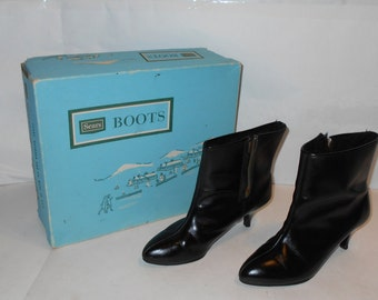 "Vintage SEARS Zip up Black Leather Boots ,Women's Size 6.5 B, 2 3/4"" Medium Heel, With Original Box #33201"