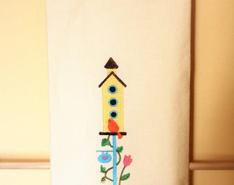 Sweet tweet! Bird house and flowers are great on a kitchen towel