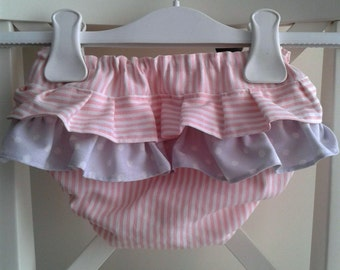 Baby Diaper Cover, Baby Bloomers, Ruffle Back Baby Bloomer, Pink Cover Diaper, Cubrepañal rosa, Cubrepañales, Cubrepañal