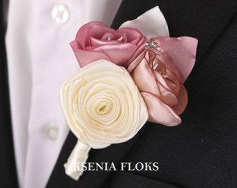 Wedding groom boutonniere, Mens wedding boutonnieres, Ivory Boutonniere, Grooms boutonnieres, Groomsmen, Men's flower boutonniere
