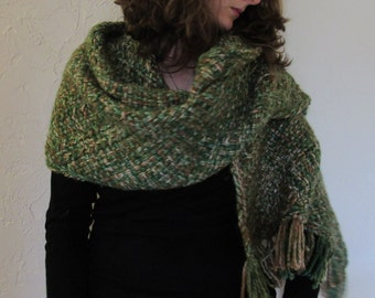 Hand-Woven Green Rectangle Shawl