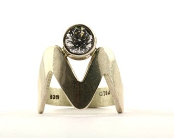 Vintage Mexico Zig Zag Design Crystal Ring 925 Sterling Silver RG 1230-E