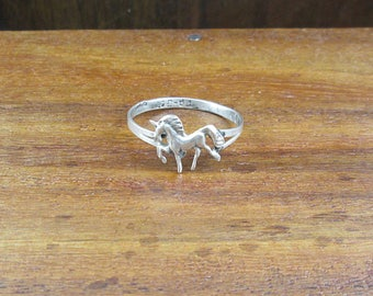 925 Sterling Prancing Unicorn - Size 6.75