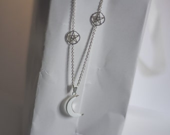 Lunafreya Nox Fleuret Luna necklace inspired silver Final Fantasy XV cosplay moon and stars