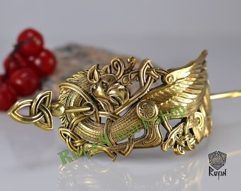 Griffin hair clip. Griffin Jewellery. Viking Jewellery. Viking hair
