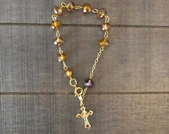 Rosary bracelet-Brown crystals with crucifix