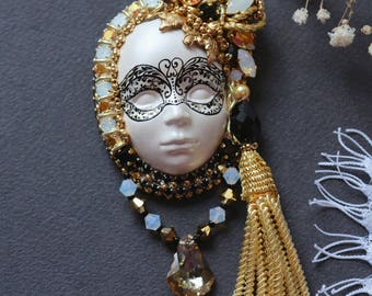 "Brooch ""Venetian mask"""