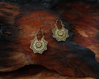 Mandala Flower (S) - brass ear jewelry, earrings