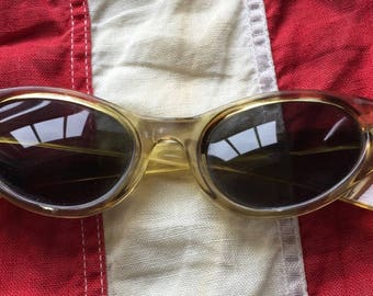 1960's Vintage Cat Eye Plastic Sunglasses Tiger Striped