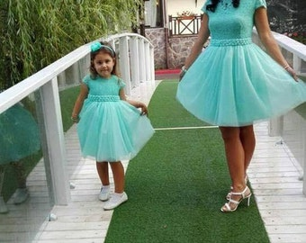 Mint green elegant party dress with lace top, tulle skirt and satin lining