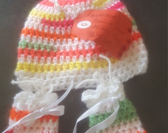 Hand made newborn beanie and mitten set postage depends on your location