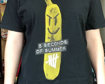 5 Seconds of Summer Vintage Band Tee