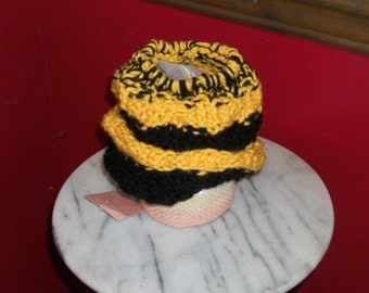 Bumblebee Ponytail knitted hat, child sized
