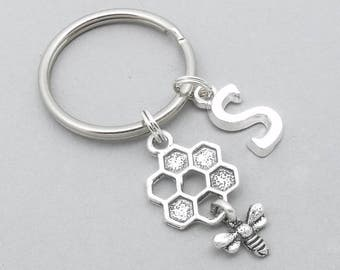 Honeycomb Bee monogram keyring | honeycomb bee keychain | personalised honeycomb keyring | bee accessory | gift | letter | birthstone