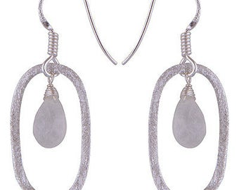 Exclusive 925 silver earrings with natural stone