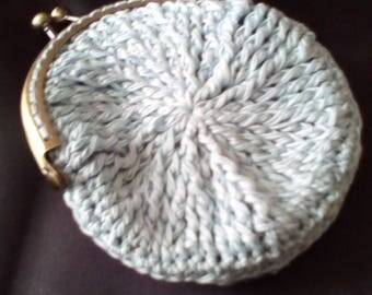 handmade crochet coin purse, can be made in other colours.