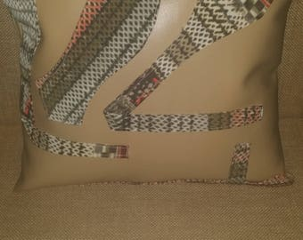 Sew Forgiven Artisan pillows with bow tie detail P4