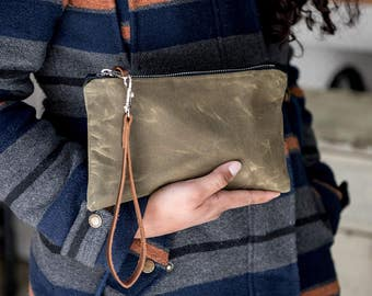 Waxed Canvas Zipper Pouch, Wristlet, Waxed Canvas Clutch Bag, Canvas Pouch, Canvas and Leather Zipper Pouch, Leather Strap, Olive Green