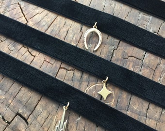Assorted Velvet Choker
