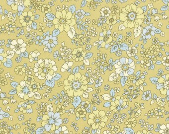 HALF YARD Lecien - Memoire a Paris 2017 - Floral on YELLOW 40740-50 - Cotton Lawn - Flowers - Japanese Import