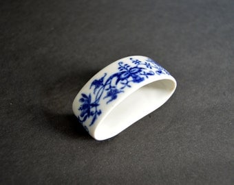 Antique Porcelain Napkin Ring Set of 4- MADE IN CZECHOSLOVAKIA -Vintage Oval Floral Blue Napkin Rings Dining Accessories Wedding Table Decor