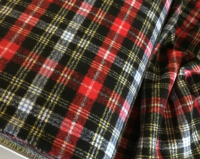 Christmas Plaid, Mammoth Plaid Flannel, Red Plaid, Black Flannel, Flannel Scarf Fabric, Robert Kaufman, Mammoth Flannel in Jet 190