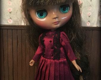 Blythe Middie Victorian Drop Waist Dress, deep red silk with black lace trim, Pleated Skirt , Lati Yellow, Pukifee
