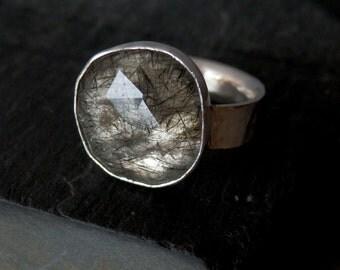 Black tourmalated quartz ring / rose cut quartz / black rutile tourmaline / rose cut jewelry / black tourmaline jewelry / needle quartz