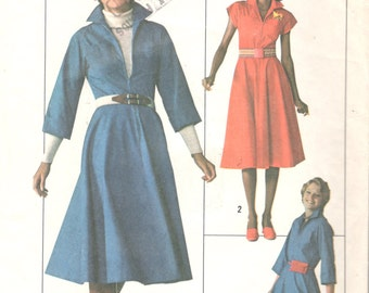 1970s  Simplicity 7792 Misses Jiffy Zip Front Flared Dress Pattern Womens Vintage Sewing Pattern Size 12 Bust 34 UNCUT