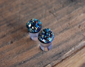 0g (8mm) or 2g (6mm )Rainbow Faux Druzy Rough Crystal Plugs Gauges for stretched earlobes.