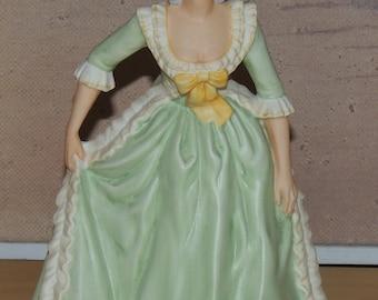 Franklin Porcelain 1982 Marie Antoinette figurine