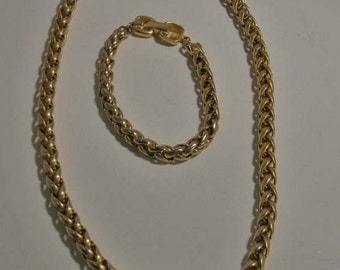 Vintage Gold tone metal Necklace and matching bracelet, Mid Century Jewelry, Weave Design Necklace