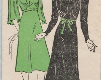 Vintage 1940s Mail Order Sewing Pattern / New York 1200 / Dress / Size 14 Bust 32