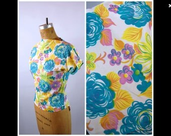 1950s Acetate Floral Blouse - Aqua Yellow and Purple // Short Sleeves // High Neck // Late 1950s