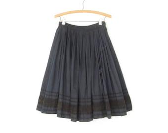 50s Circle Skirt * Vintage Polka Dot Skirt * Black Lace Applique * Small - Medium