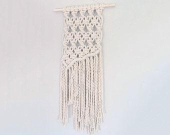 Macrame Wall Hanging | Modern Macrame | Tapestry | Wall Hanging | Boho Decor