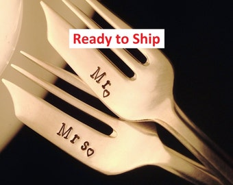 Mr Mrs Wedding Forks: Hand Stamped Vintage Cake Dessert Pastry Forks, Chevron Pattern, 25th Anniversary Gift, Silver, Hearts, Ready To SHIP
