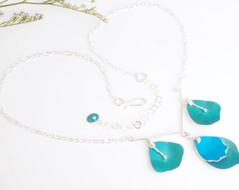 Romantic Rose Petal Necklace – Silver and Aluminum Bib Necklace – Gift for Her -  Available in Four Colors