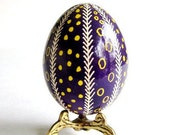 Gift for mom from Daughter on Mother's Day Pysanka Ukrainian Easter egg batik decorated chicken egg gift for Stepmother